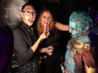 Body painting de Milo da Kamm en el stand de Naturalness Sabadell en la 1a Fashion night de Opera Garden